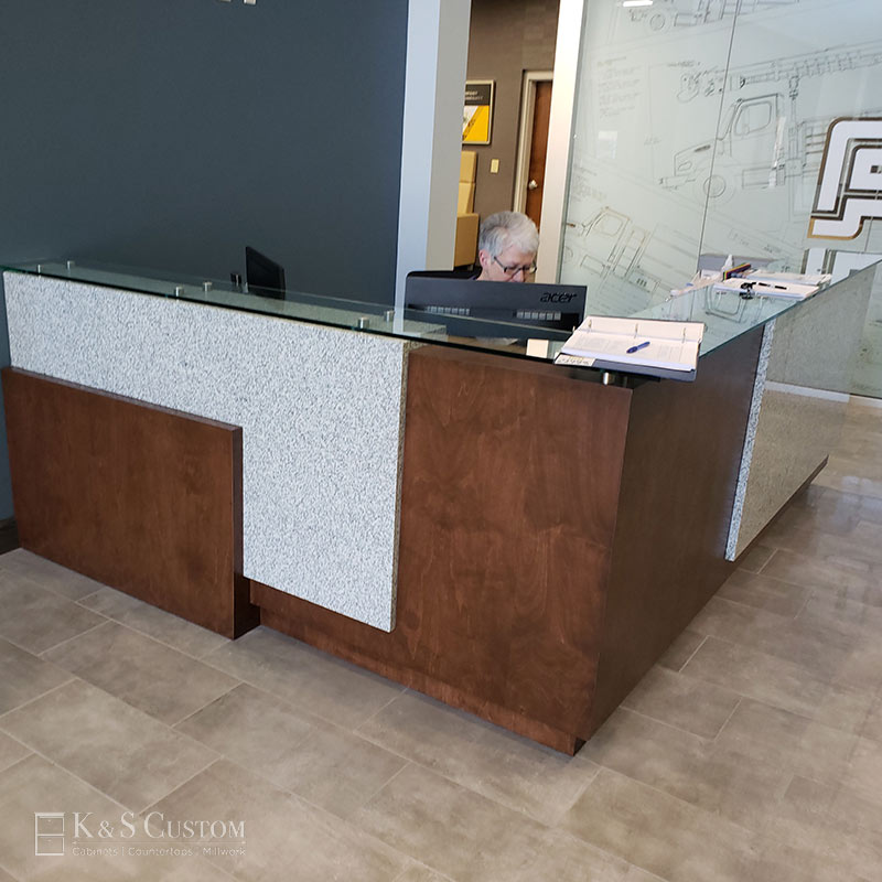Altec Welcome Desk