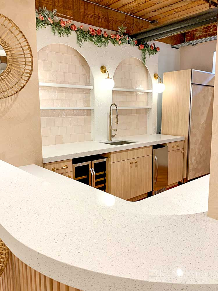 Bar with white countertop