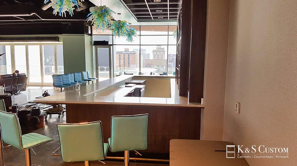 New Classic Furniture Bar