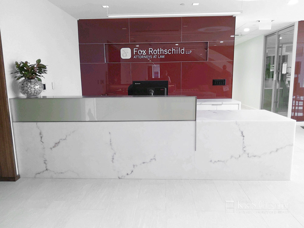 Rothschild Law Welcome Desk