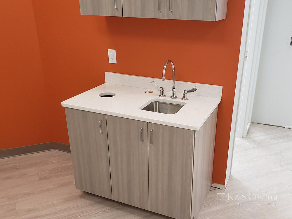 Triad Kids Dental cabinet with sink